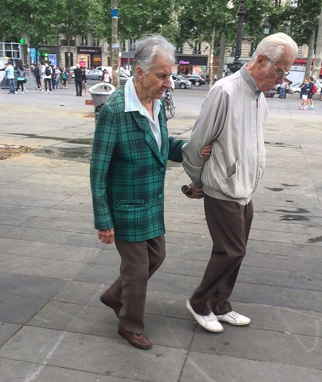 Old couples in love rule