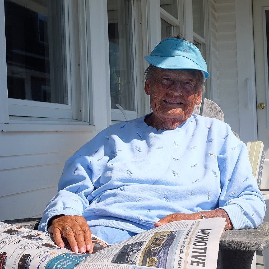 While my Maine men need zero mention by me of their kits, the birds are something else. So special. Do you see embroidered birds flying around her sweatshirt? It was the color and brim of her visor that 1st caught my eye. As I walked from the street on her lawn to the porch to ask if I can take make her photo I realized it was a visor. The air, sun combination of Maine makes the most beautiful wear on mainers clothing. It's so authentic. She's been living in this house ALL YEAR for over 50 years